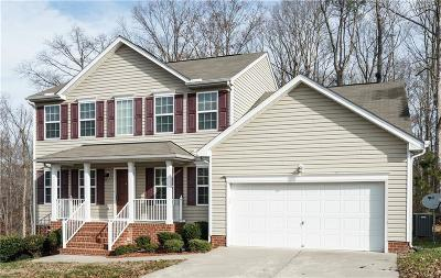 Chester VA Single Family Home For Sale: $275,000