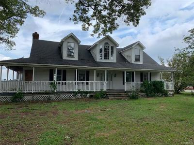 Isle Of Wight County Single Family Home For Sale: 18537 Farm Road