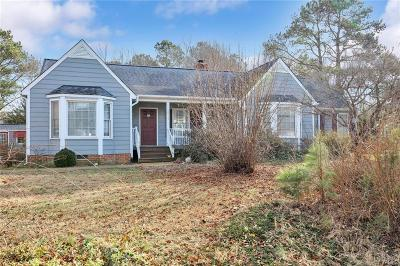 Chesterfield Single Family Home For Sale: 6613 Gateline Drive