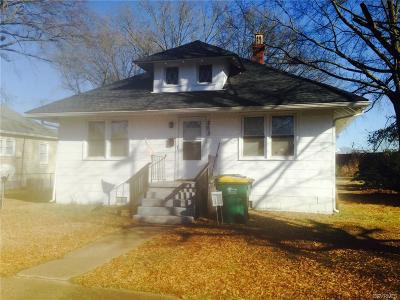 Single Family Home For Sale: 203 S 4th Avenue