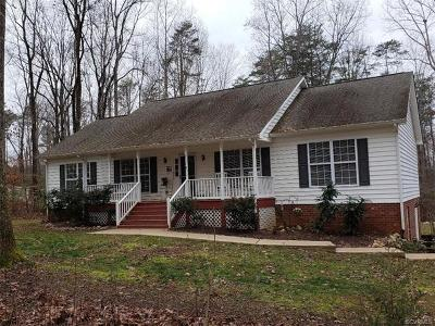 Hanover County Single Family Home For Sale: 17331 Burchett Lane