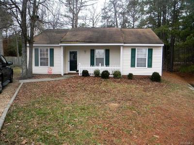 Chester VA Single Family Home For Sale: $130,000