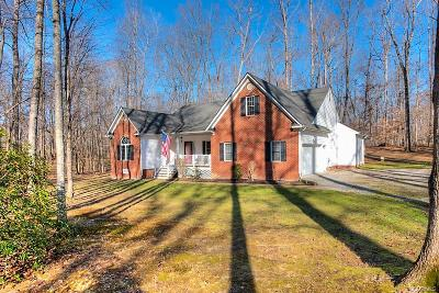 Chesterfield Single Family Home For Sale: 17307 Creekbed Road