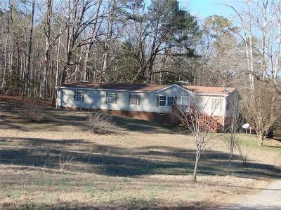 Dinwiddie County Single Family Home For Sale: 18606 Hardwood Creek Road