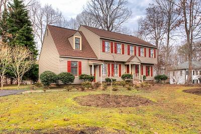 Midlothian Single Family Home For Sale: 14404 Roberts Mill Court