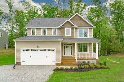 New Kent Single Family Home For Sale: 6062 Antler Hill Court
