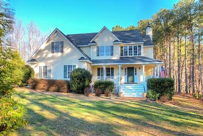 Powhatan Single Family Home For Sale: 3845 Wildwood Shores Court