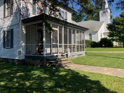 Single Family Home For Sale: 104 First Church Street