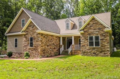 King William County Single Family Home For Sale: 275 River Bluff Drive