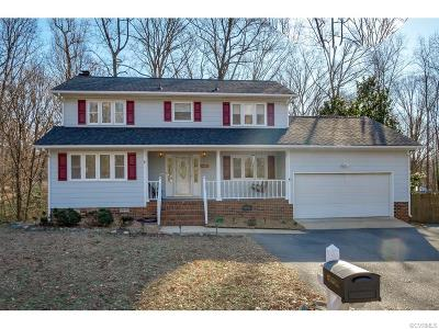 Chesterfield County Single Family Home For Sale: 14807 Green Forest Drive