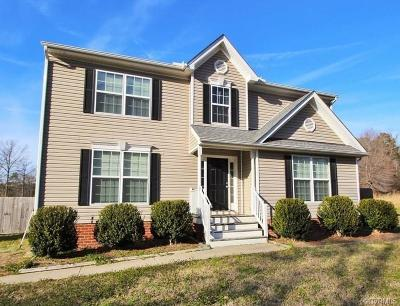 South Chesterfield Single Family Home For Sale: 13825 Lawing Drive