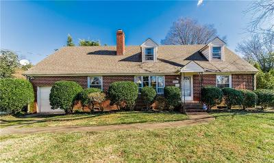 Richmond Single Family Home For Sale: 3907 Brook Road