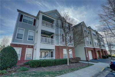 Chesterfield Condo/Townhouse For Sale: 621 Fern Meadow Loop #202
