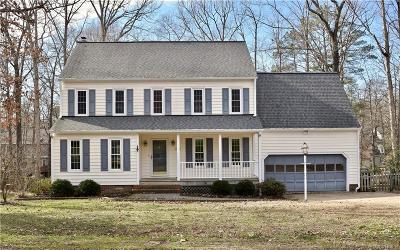 Midlothian Single Family Home For Sale: 700 Coralview Court