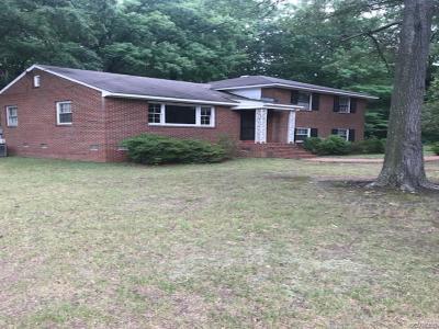 Henrico Single Family Home For Sale: 4800 Oakleys Lane