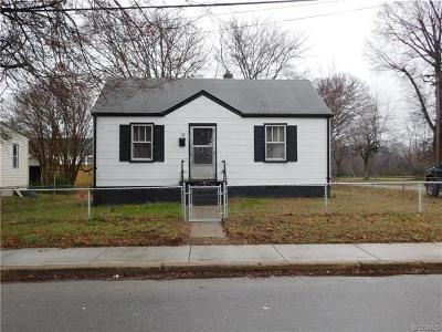 Petersburg Single Family Home For Sale: 131 Slagle Avenue
