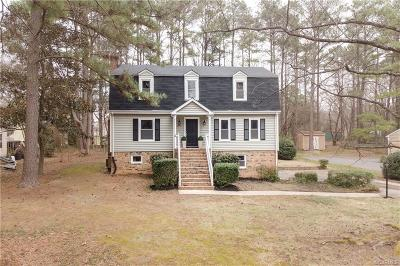 Chesterfield Single Family Home For Sale: 8024 Queen Scot Drive