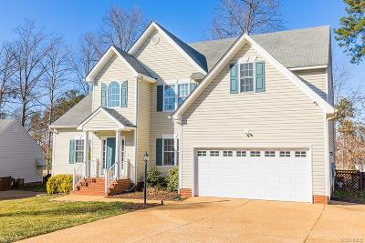 Chesterfield Single Family Home For Sale: 14230 Spyglass Hill Circle