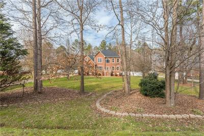 Henrico Single Family Home For Sale: 5230 Fisher Crest Lane