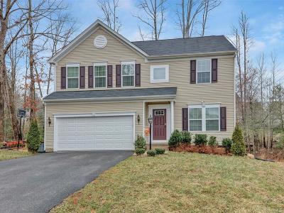 Chesterfield Single Family Home For Sale: 6945 Windy Creek Terrace