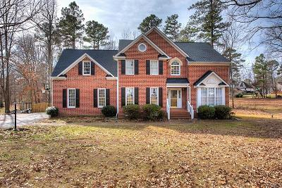 Colonial Heights Single Family Home For Sale: 1621 Clear Springs Court