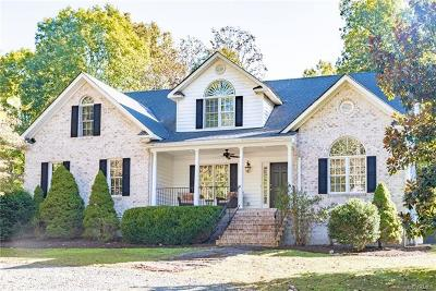 Hanover County Single Family Home For Sale: 19240 Vontay Road