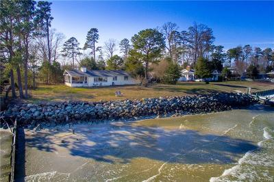 Deltaville Single Family Home For Sale: 214 Stove Point Road