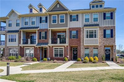 Henrico Condo/Townhouse For Sale: 10932 Parkshire Lane