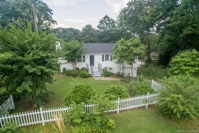Single Family Home For Sale: 200 Creekshore Drive