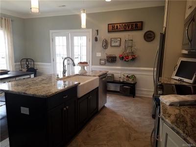 Hanover County Condo/Townhouse For Sale: 7376 Pebble Lake #3