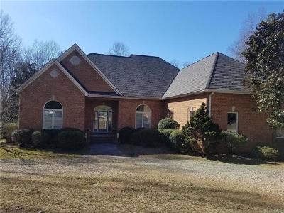 Powhatan Single Family Home For Sale: 935 River Estates Ct