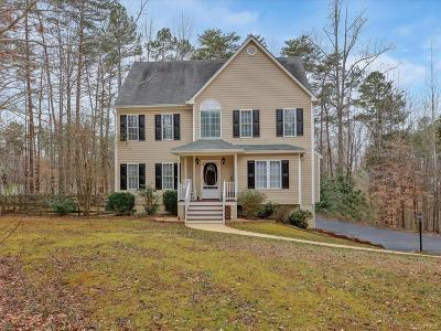 Powhatan County Single Family Home For Sale: 4389 Lynnecross Court