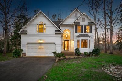 Midlothian Single Family Home For Sale: 14911 Highberry Woods Terrace