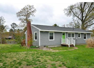 Deltaville Single Family Home For Sale: 279 Sturgeon Point Loop