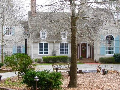 Lancaster Single Family Home For Sale: 626 Lovers Lane