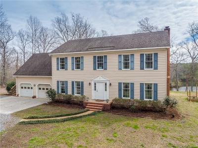 Lancaster Single Family Home For Sale: 328 Earl Drive