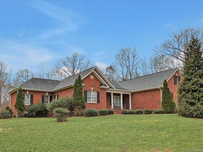 Goochland County Single Family Home For Sale: 2263 Parkers Hill Drive