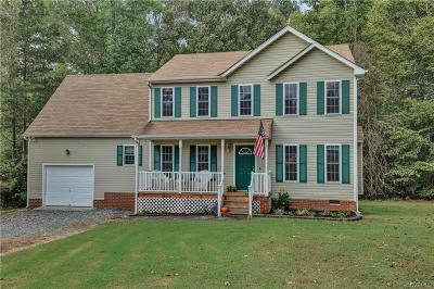 Chesterfield Single Family Home For Sale: 15642 Devlin Drive