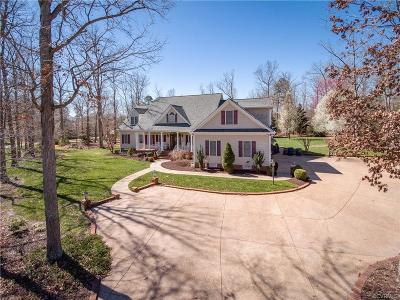 Chesterfield Single Family Home For Sale: 11418 Woodland Pond Parkway