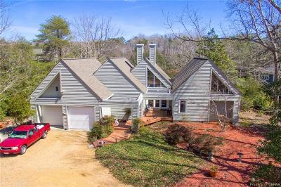 Middlesex County Single Family Home For Sale: 203 Oyster Cove Landing