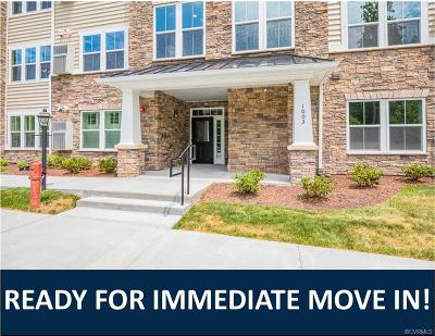 Chesterfield Condo/Townhouse For Sale: 1003 Westwood Village Lane #201