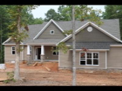 Powhatan Single Family Home For Sale: 15 Maple Lake Circle