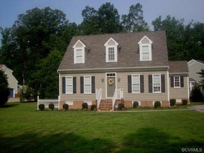 South Chesterfield Single Family Home For Sale: 200 Walkers Cove Drive