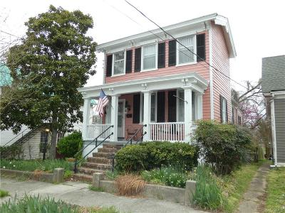 Single Family Home For Sale: 207 Marshall Street