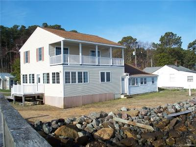 Deltaville Single Family Home For Sale: 154 Riverside