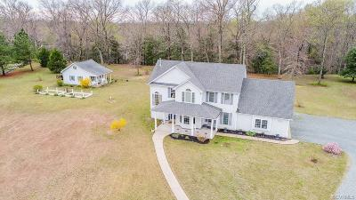 Newtown Single Family Home For Sale: 331 Rivers Edge Road