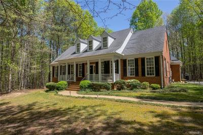 Powhatan Single Family Home For Sale: 2850 Maple Grove Lane