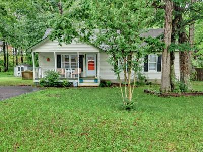 Midlothian Single Family Home For Sale: 3206 Terrybluff Drive