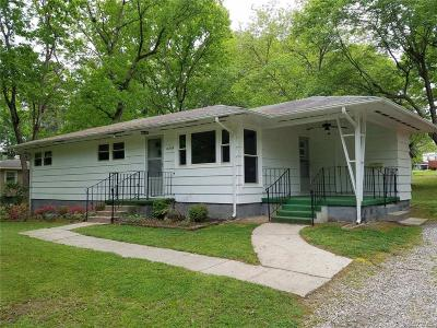 Single Family Home For Sale: 10709 Zehmer Avenue