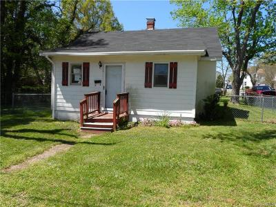 Single Family Home Pending: 24 N Juniper Avenue
